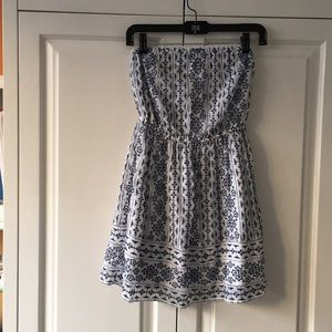 Abercrombie & Fitch Embroidered Strapless Dress